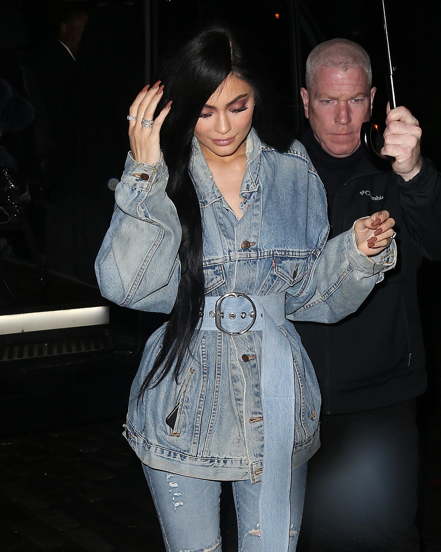 Kim, możesz iść na emeryturę. Kylie odpatrzyła od Ciebie WSZYSTKO