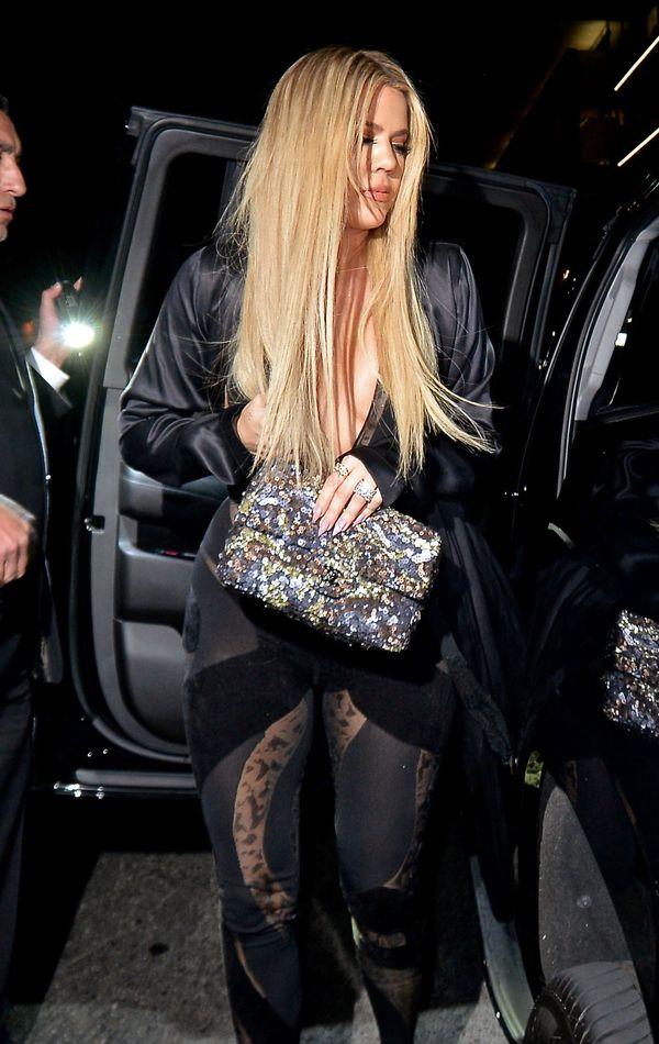 Khloe Kardashian postawiła na grzywkę na całe czoło! (FOTO)
