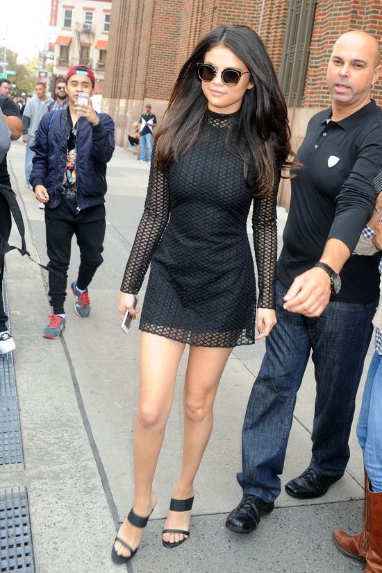 Najnowsze stylizacje Seleny Gomez (FOTO)