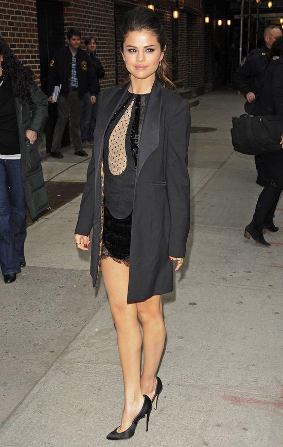 Selena Gomez w Emilio Pucci (FOTO)