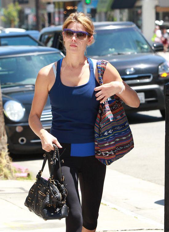 Ashley Greene rozjaśniła włosy (FOTO)
