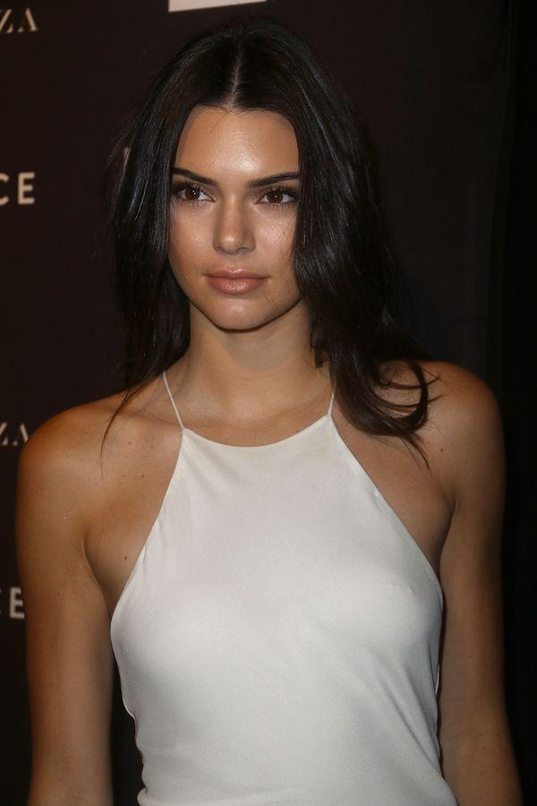 Nowe aplikacje sióstr Kardashian-Jenner biją rekordy pobrań!