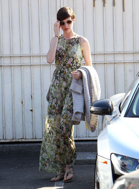 Anne Hathaway w letniej sukience Madewell Sungarden