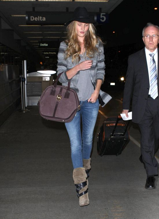 Rosie Huntington-Whiteley w wersji casual (FOTO)