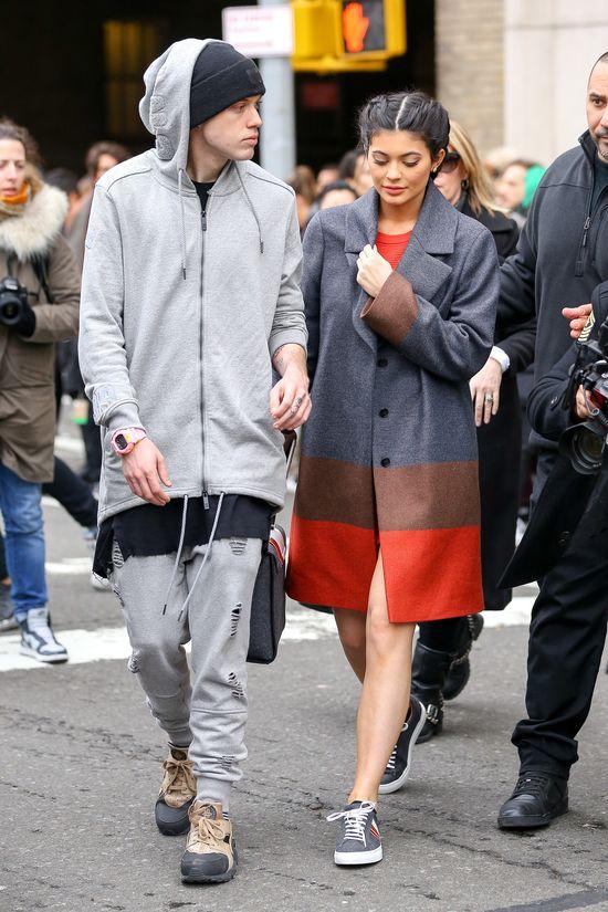 Kylie i Kendall Jenner na New York Fashion Week (FOTO)