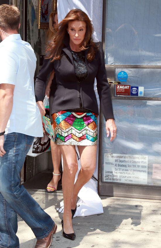 Caitlyn Jenner - cekiny i koronki poszły w ruch (FOTO)