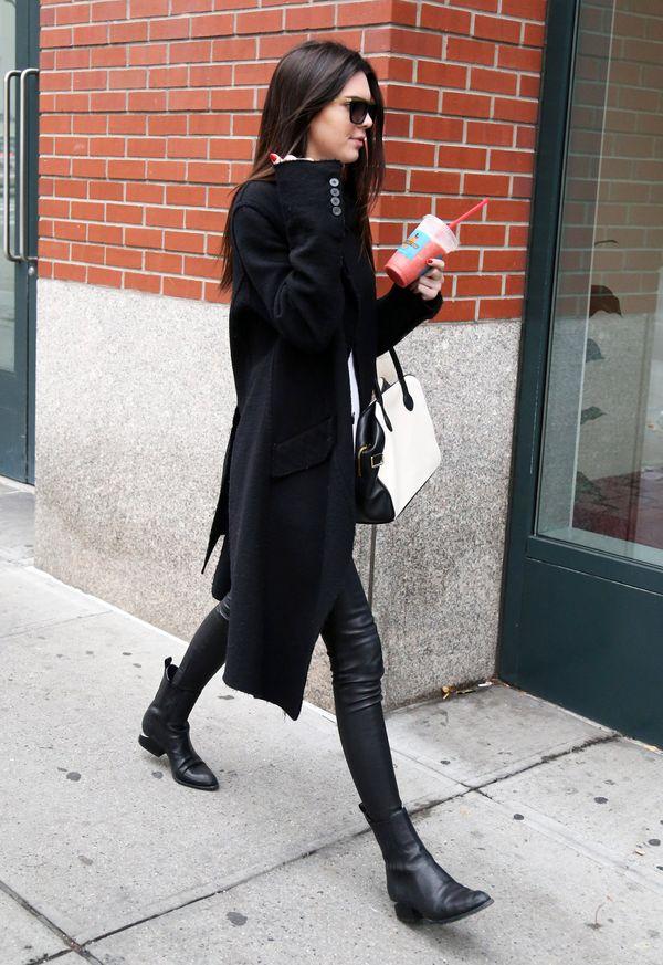 Kendall Jenner - dwie stylizacje, te same ubrania (FOTO)