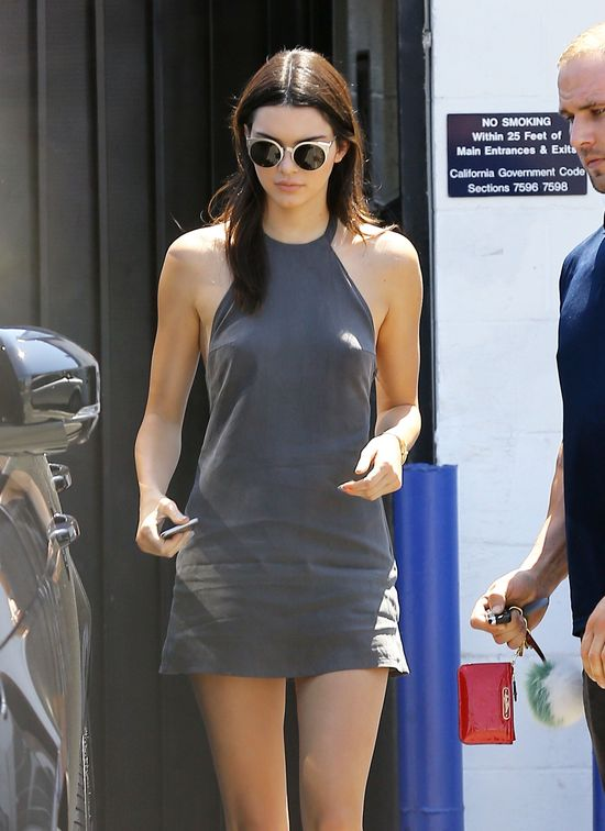 Kendall Jenner w tej samej sukience co Kylie (FOTO)