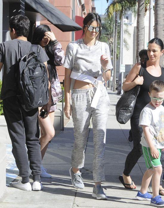 Kylie i Kendall Jenner noszą się na sportowo (FOTO)