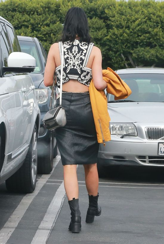 Kylie Jenner nie rezygnuje z mocnych stylizacji (FOTO)