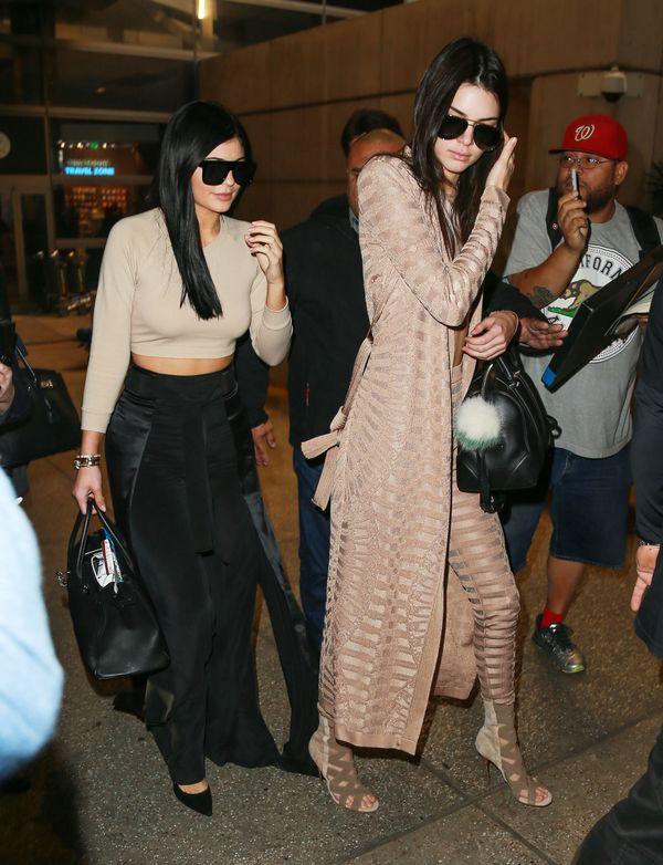 Kendall i Kylie Jenner na jednym zdjęciu w bikini (FOTO)
