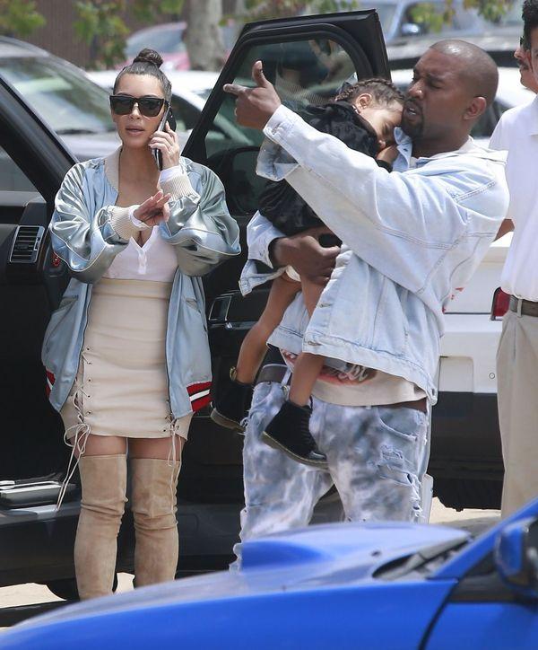 Kim Kardashian znowu jest w ciąży?! (FOTO)