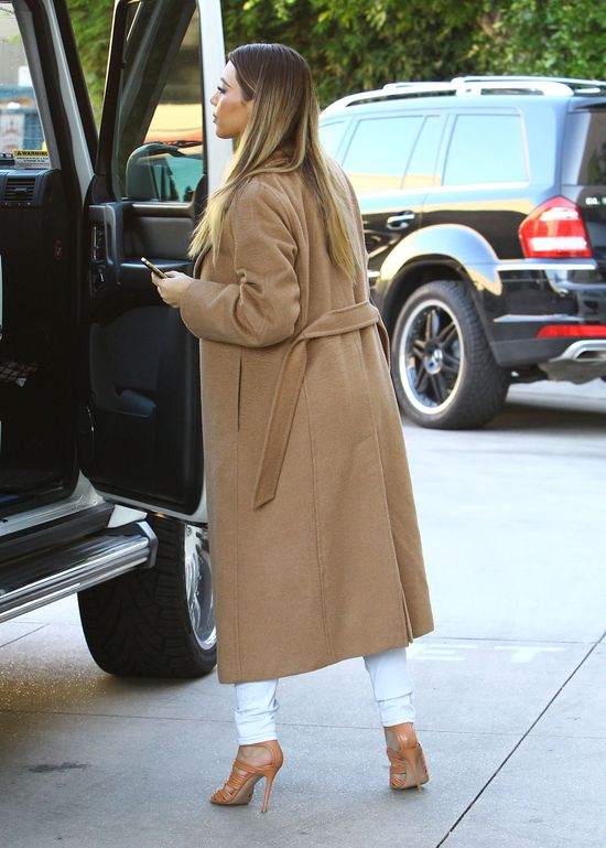Kim Kardashian w MaxMara i Maison Martin Margiela (FOTO)
