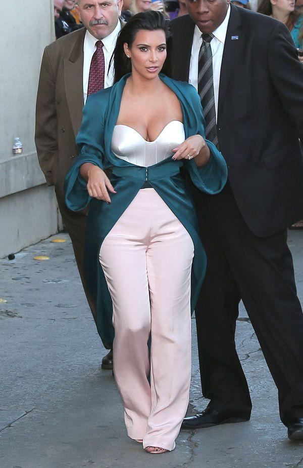 Zobacz dwie świetne stylizacje Kim Kardashian! (FOTO)