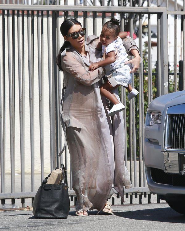 Kim Kardashian w końcu postawiła na wygodę (FOTO)