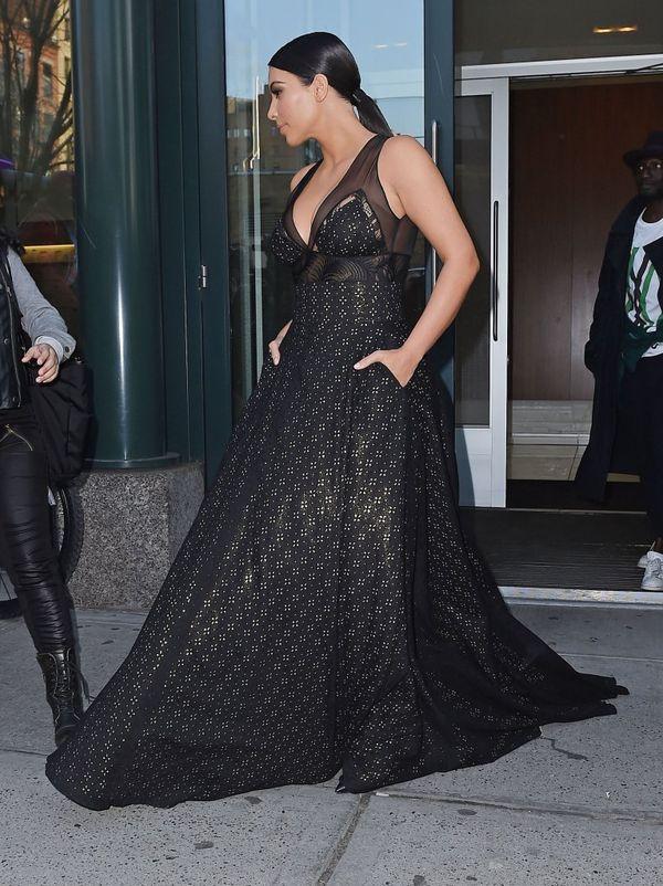 Tak Kim Kardashian przebrała się na galę Time's 100 (FOTO)