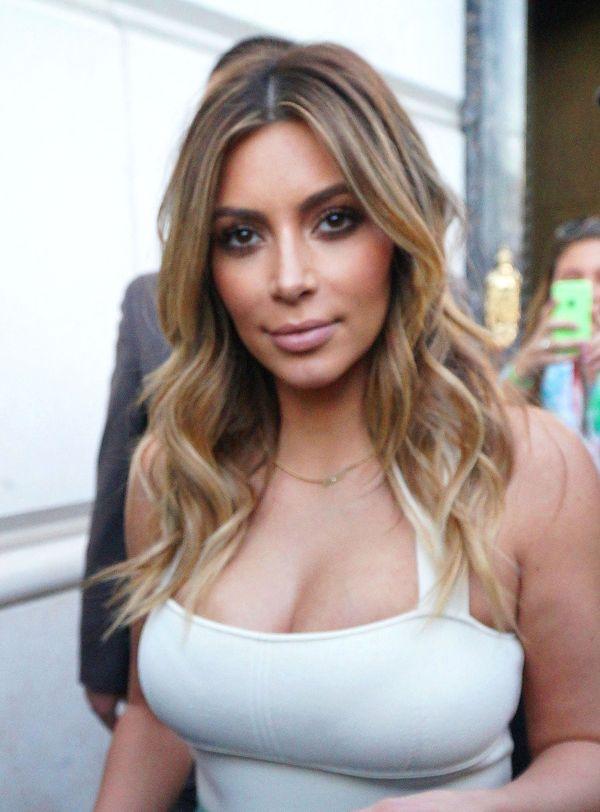 Kim Kardashian ZNOWU to zrobiła! (FOTO)
