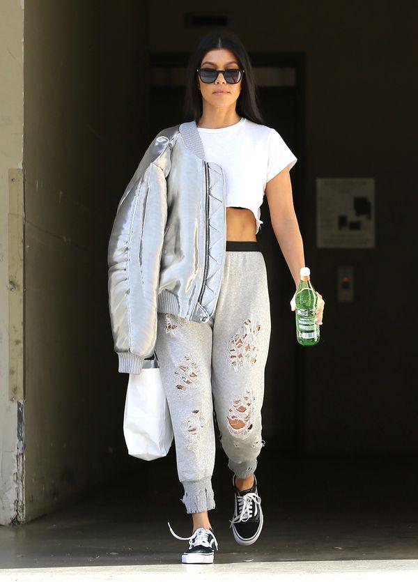 Kourtney Kardashian pokazała swoje buty ze studniówki - stylowa od zawsze?