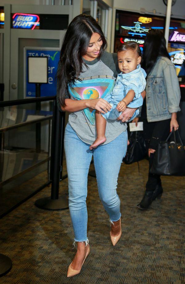 Modna mama i córka, czyli Kim Kardashian z małą Nori (FOTO)