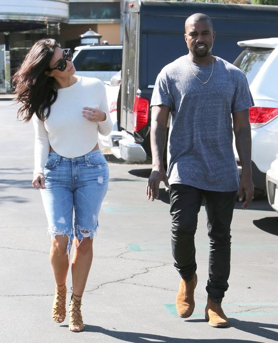 Tą stylizacją Kim Kardashian zrobiła prawdziwą furorę!