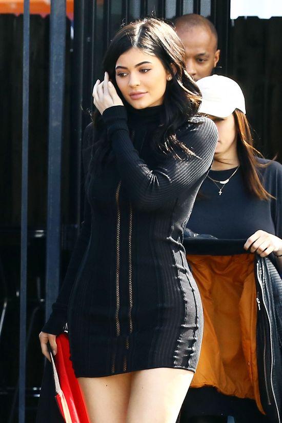 Kendall Jenner vs Kylie Jenner - która ubrała się lepiej?