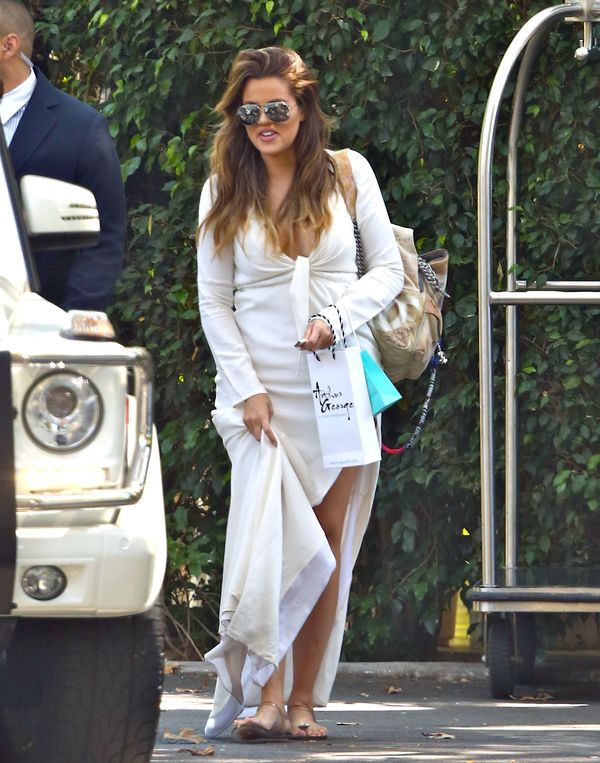 Kardashianki przyłapane w drodze na imprezę (FOTO)