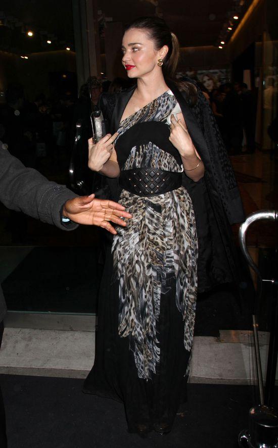 Miranda Kerr na otwarciu salonu Just Cavalli