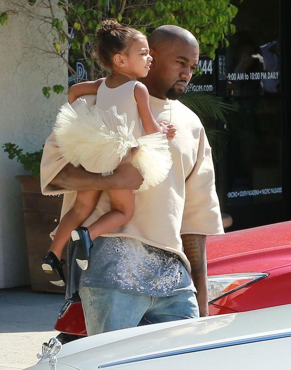 Kanye West nie pozwala Nori przymierzać szpilek Kim (FOTO)