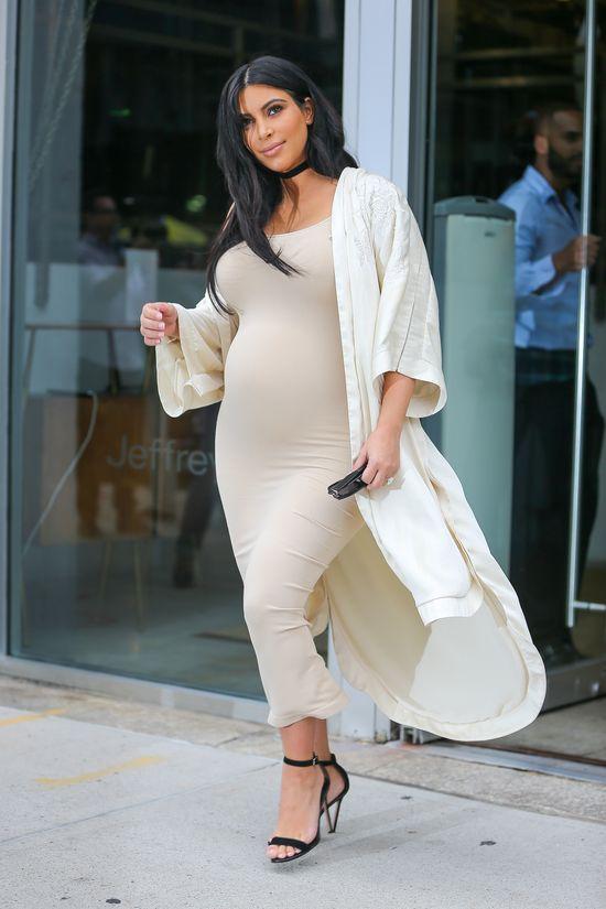 Kim Kardashian jak jeden wielki spanx vol 2 (FOTO)