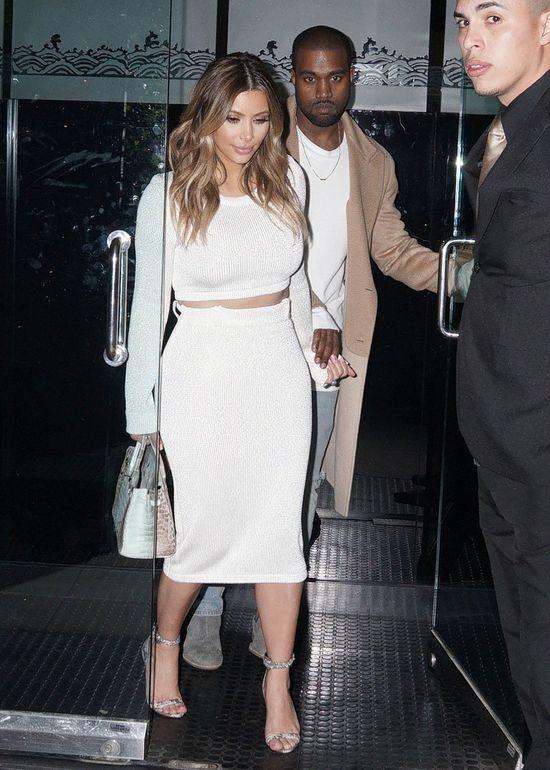 Kim Kardashian znowu w bieli (FOTO)