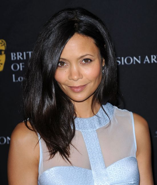 Thandie Newton w błękitnej sukience Temperley London (FOTO)