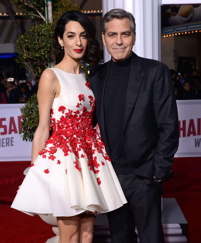 Amal Clooney zachwyciła w Giambattista Valli (FOTO)