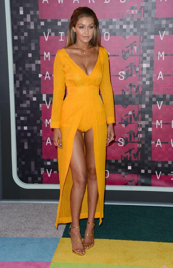 Gigi Hadid - najlepsza kreacja na MTV VMA? (FOTO)