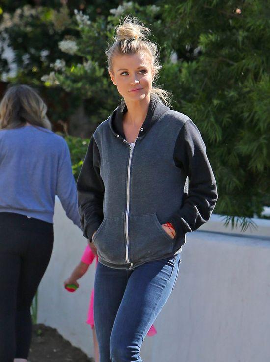Czy Joanna Krupa nie rusza się z domu bez makijażu? (FOTO)