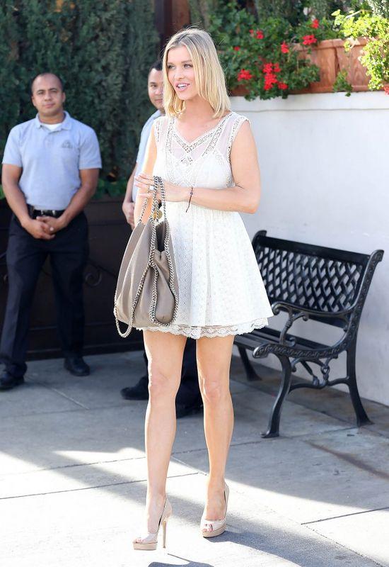 Dziewczęca Joanna Krupa przyłapana w Kalifornii (FOTO)