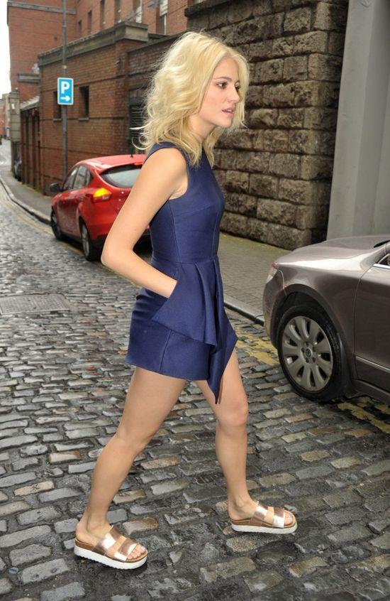 Najlepsze zestwy Pixie Lott - styl, w którym się zakochasz! (FOTO)