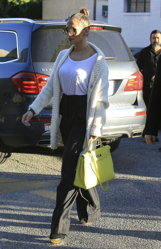 Jennifer Lopez zmieniła fryzurę! Odpowiedź na najgorętszy trend tego sezonu?!