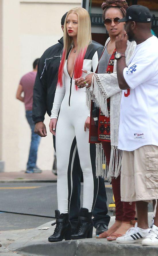Iggy Azalea i Rita Ora w seksownych kombinezonach