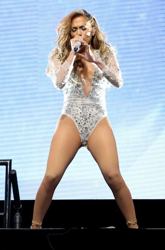 Jennifer Lopez seksowniejsza niż kiedykolwiek! (FOTO)