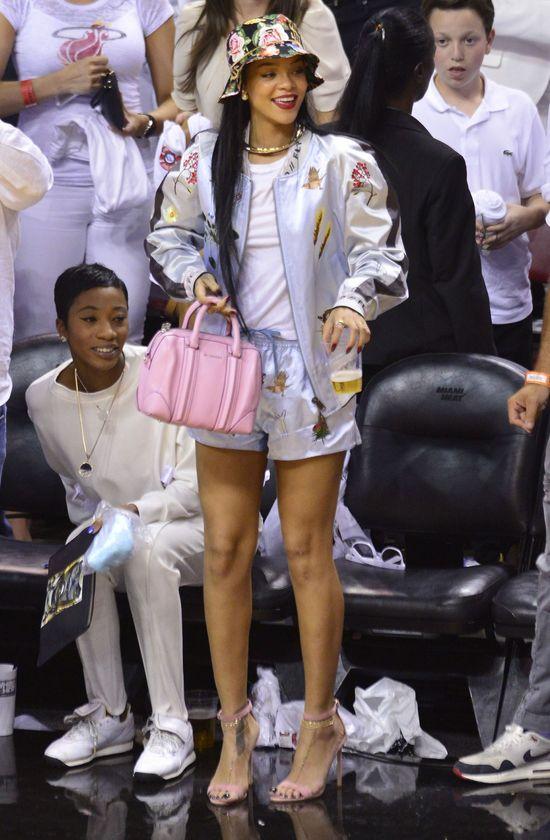 Rihanna lansuje modę na dziewczęce dodatki (FOTO)