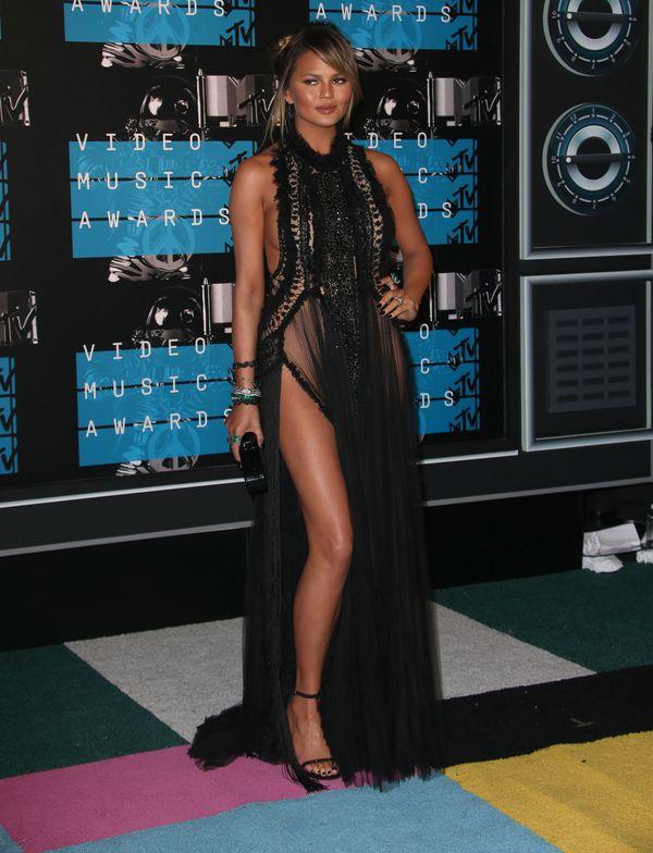 Chrissy Teigen nie założyła majtek na galę MTV VMA 2015!