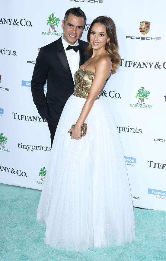 Jessica Alba w sukni ślubnej? (FOTO)
