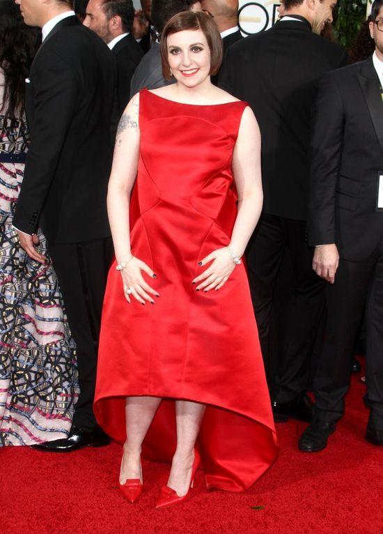 Lena Dunham pokazuje zaklejone sutki przed Złotymi Globami