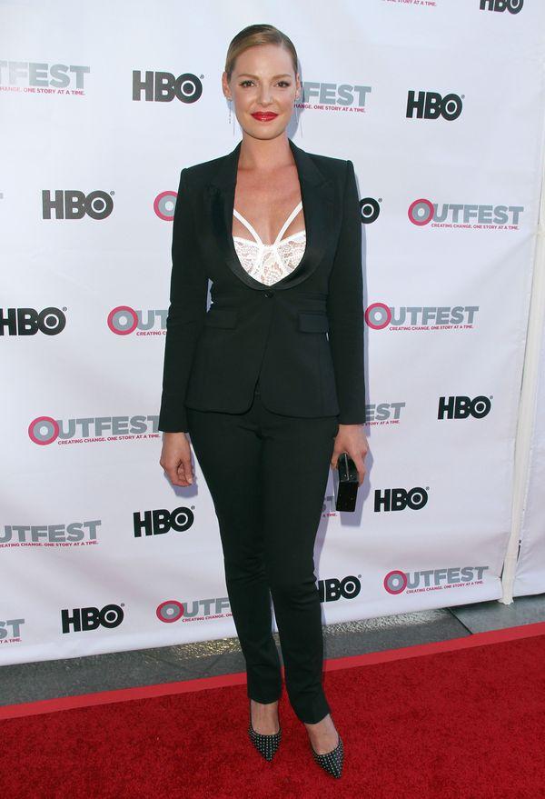 Katherine Heigl postawiła na modny biustonosz (FOTO)