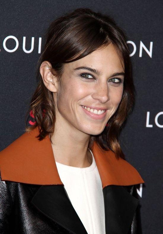 Fantastyczne stylizacje gwiazd na wystawie Louis Vuitton