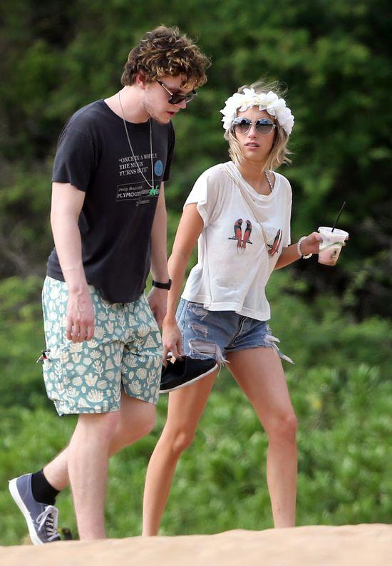 Emma Roberts na plaży na Hawajach (FOTO)