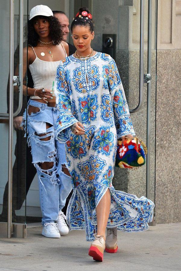 Rihanna zachwyca swoją najnowszą stylizacją? (FOTO)