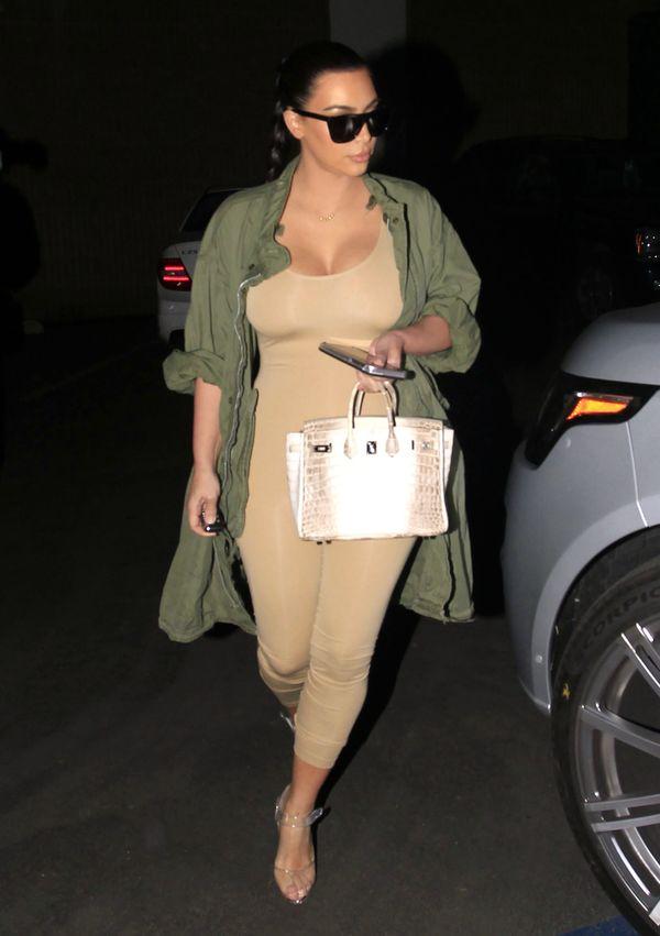 Gdy Kim Kardashian nie ma się w co ubrać... (FOTO)