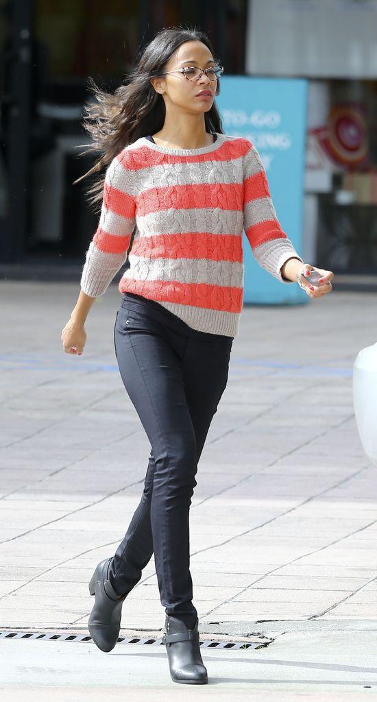 Zoe Saldana makijaż zastąpiła okularami (FOTO)