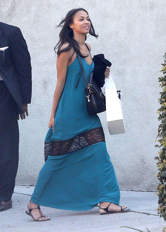 Zoe Saldana w zwiewnej sukience z koronką (FOTO)
